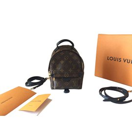 Louis Vuitton-Sacs à dos-Marron