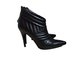 Burberry-Ankle Boots-Black