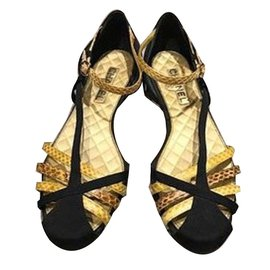 Chanel-Flats-Black,Golden