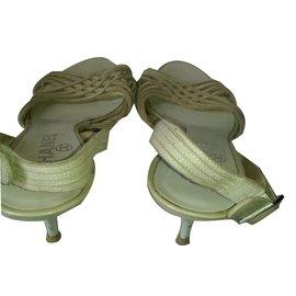 Chanel-Sandales-Beige