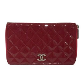 Chanel-Compagnon-Rouge
