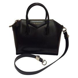 Givenchy-Antigona small Givenchy-Noir