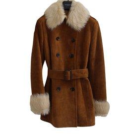 Burberry-Coat-Caramel