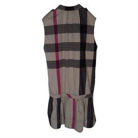 Burberry-Robes-Multicolore