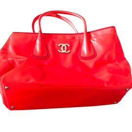Chanel-Chanel leather tote-Red