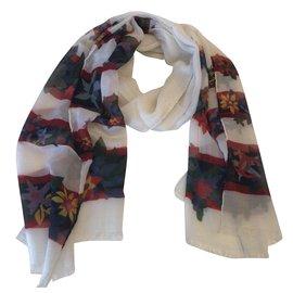 Chanel-Cashmere scarf-Cream