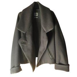 Hermès-Manteau court-Taupe