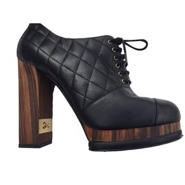 Bottines Chanel - Joli Closet f1009f504bf