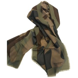 Burberry-Scarves-Green