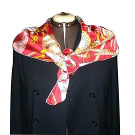 Gucci-Carrés-Rouge,Multicolore