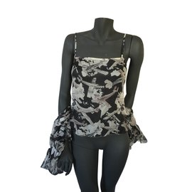 Chanel-Top et blouse Chanel-Noir,Beige,Gris,Chair