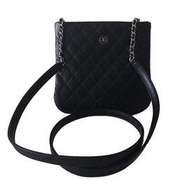 Chanel-Pochette bandoleer uniform-Black