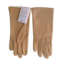 Hermès-Gloves-Beige