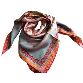 Louis Vuitton-Foulard soie LOUIS Vuitton-Gris