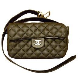 Chanel-Uniforme Clutch bags-Black