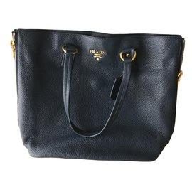 Second hand Prada Handbags - Joli Closet 183bd731809ba