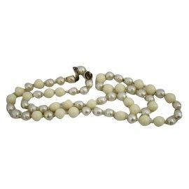 Chanel-Sautoir perles-Blanc cassé