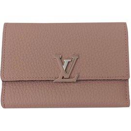 Louis Vuitton-Superbe Portefeuille Louis Vuitton Capucines Compact Magnolia  état neuf ! 426c3f482f5
