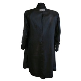 Yves Saint Laurent-Robe-Noir