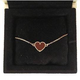 Van Cleef & Arpels-Bracelet Sweet Alhambra cœur, - Front View - VCARN59L00 - Van Cleef & Arpels-Rouge