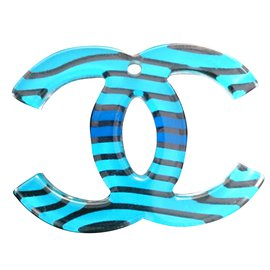 Chanel-Pendant necklaces-Blue