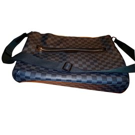 55290cb9f199 ... Louis Vuitton-Sac bandoulière Louis Vuitton damier graphite pour homme -Gris