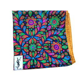 Yves Saint Laurent-Foulard Yves Saint Laurent-Multicolore