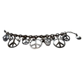 Gas-Bracelets-Silvery
