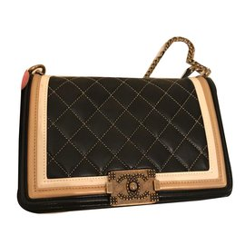 Chanel-Boy medium.-Black