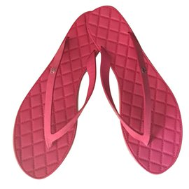 Chanel-Flats-Pink