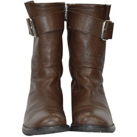 Pom d'Api-Boot-Brown