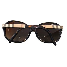 Burberry-Sunglasses-Other