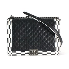 Chanel-Boy-Black,White