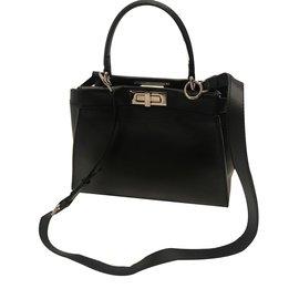 Sac de luxe Fendi occasion - Joli Closet 988a9b925ad