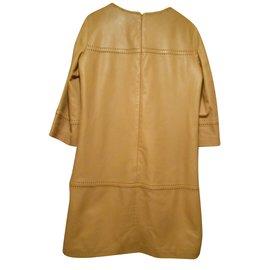 ... CAROLL-robe 100% peau beige clair laçages manches poitrine et bas-Beige 8b1e008b3303