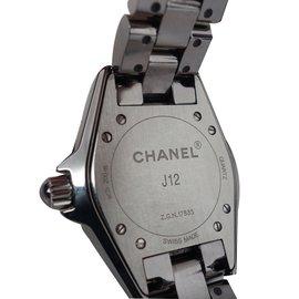 Chanel-MONTRE CHANEL J12 CHROMATIC 33MM-Gris