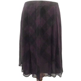 Burberry-Skirts-Black