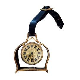 Lancel-desktop clock-Golden
