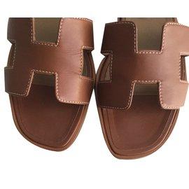 Hermès-Oran-Brown