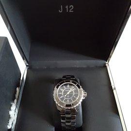 Chanel-Montre Chanel J12 33mm  céramique noire-Noir