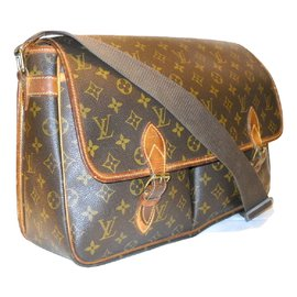 Louis Vuitton-LOUIS VUITTON vintage Gibecìere GM Monogram.-Marron