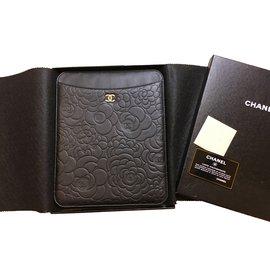 Chanel-Camelia-Noir