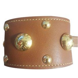 Louis Vuitton-Bracelets-Caramel