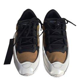 Second hand Raf Simons Sneakers - Joli Closet 5acb458d7