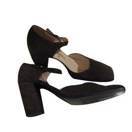 Chanel-Heels-Dark brown