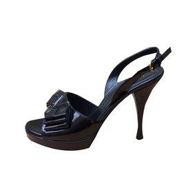 Sandales Pour Les Femmes En Vente, Rouge, Cuir Verni, 2017, 37.5 Saint Laurent