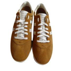 Hugo Boss-Sneakers-Mustard