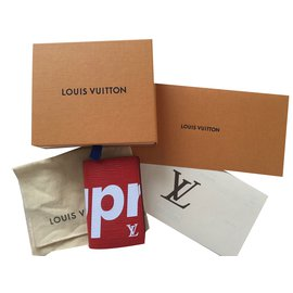 Louis Vuitton-Louis Vuitton x Supreme Pocket Organizer-Rouge