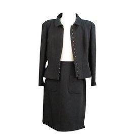 Chanel-Tailleur Jupe chic-Noir