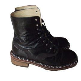 Chanel-Boots-Noir